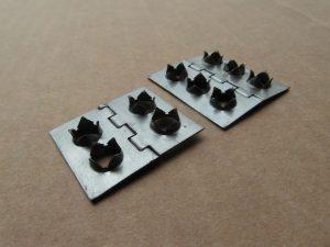 Tranciatura. Cerniera ricavata da nastro per il settore arredamento.