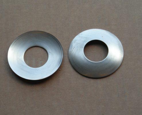 Rasamenti per differenziali realizzati in lamiera di ferro