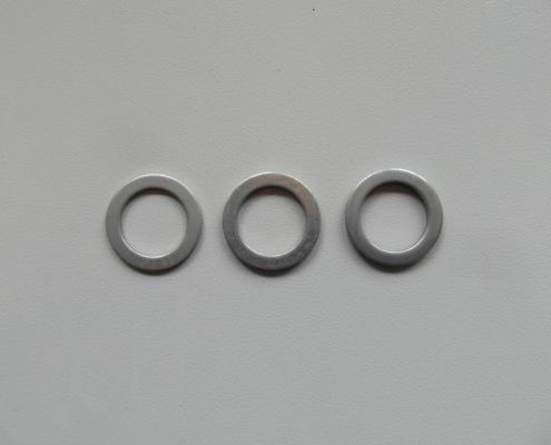 Rondelle tranciate di alto spessore. Diverse dimensioni e spessori.